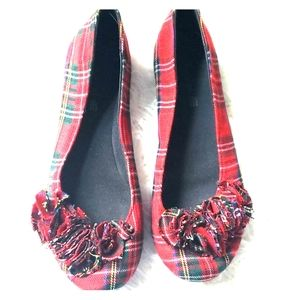 American Eagle plaid ballet flats